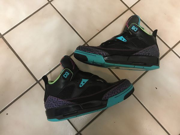 check out d664a 5a22a Nike Air Jordan Spizike Off-Court Shoes   girls 5.5 for Sale in Sterling, VA  - OfferUp