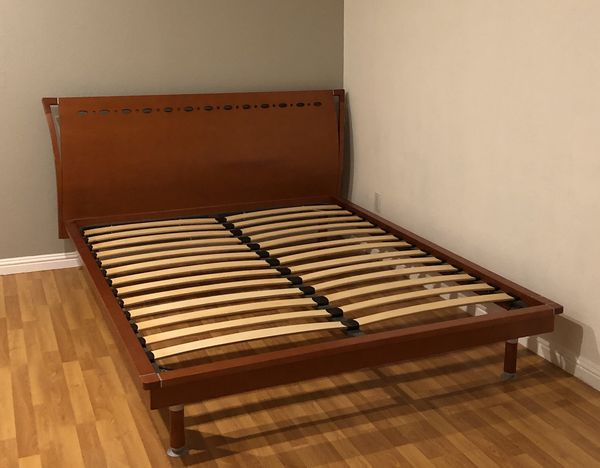 Queen Wooden Bed Frame For Sale In San Jose Ca Offerup