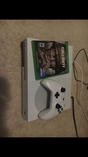 Xbox one S 500gb w/ CoDWW2 +controller/cables for Sale in Silver Spring, MD