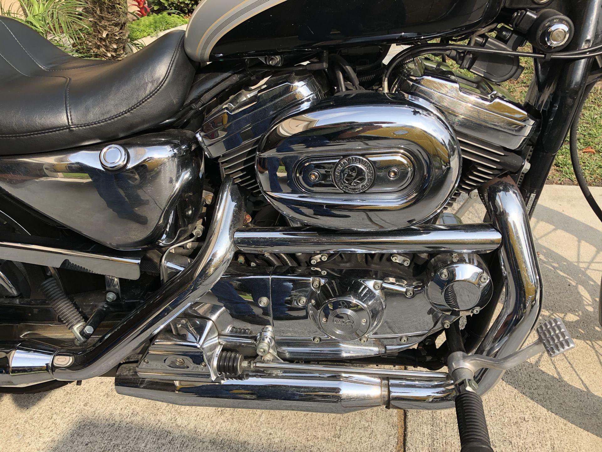 Photo 2003 Harley Davidson 1200 Custom Sportster