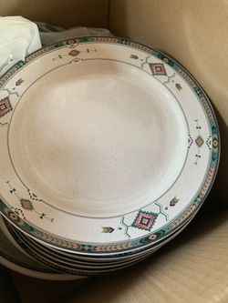 16 piece south western ceramic dish ware and serving sets Thumbnail