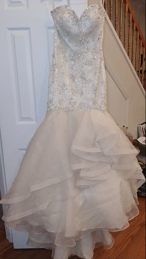 Wedding/Prom Dress for Sale in Temple Hills, MD