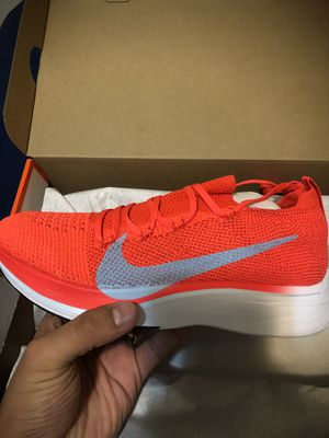 Nike Vaporfly 4% flynit for Sale in Fort Meade, MD