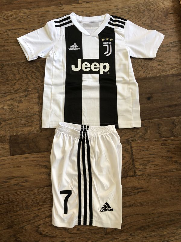 f34a81c9101 Ronaldo Juventus Youth set soccer jersey and short 18-19 for Sale in ...