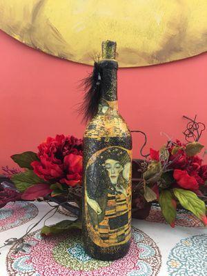Wine Bottle Decor for Sale in Nathalie, VA
