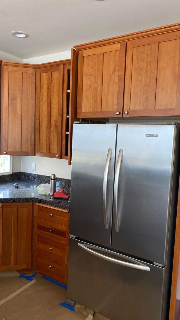 Kitchen cabinet for Sale in Bellevue, WA - OfferUp