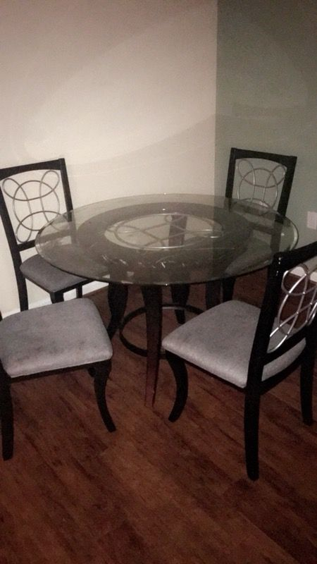 Dining Room Table Louisville KY