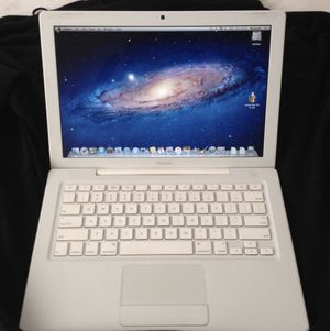 Mac book pro for Sale in St. Louis, MO