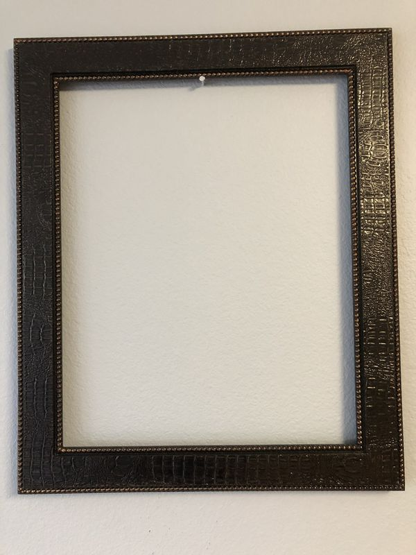 Large 20x24 Wooden Frame New for Sale in San Diego, CA - OfferUp