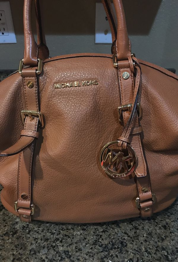 Authentic Michael Kors Leather Handbag For In Rancho Cucamonga Ca Offerup