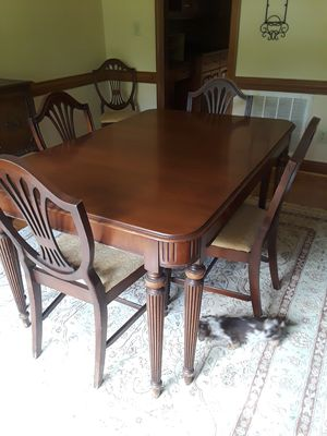 Antique dining room set for Sale in Apex, NC