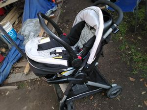 Photo Graco 🔸 Stroller and Car Seat 🔸