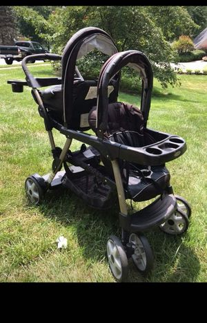Graco sit and stand double stroller. for Sale in Burke, VA