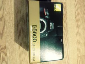 Nikon D5600 for Sale in Fairfax Station, VA