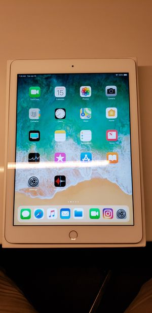 "2018 iPad 9.7"" screen for Sale in Charlotte, NC"