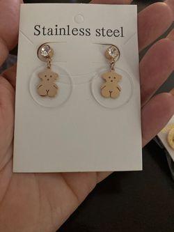 Fashion earings Thumbnail