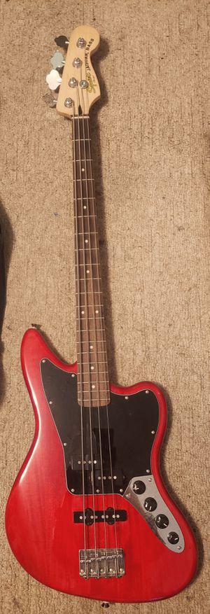 Photo Fender Squire Jaguar Bass Guitar