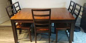 Table and Chairs must go! for Sale in Arlington, VA