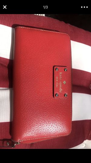 Red Kate spade wallet new! for Sale in Alexandria, VA